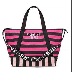 Victoria's Secret Bags - 🛍VS Striped Weekender Tote💕